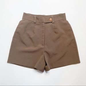 VINTAGE High Rise Brown Pleated Shorts, Size 2